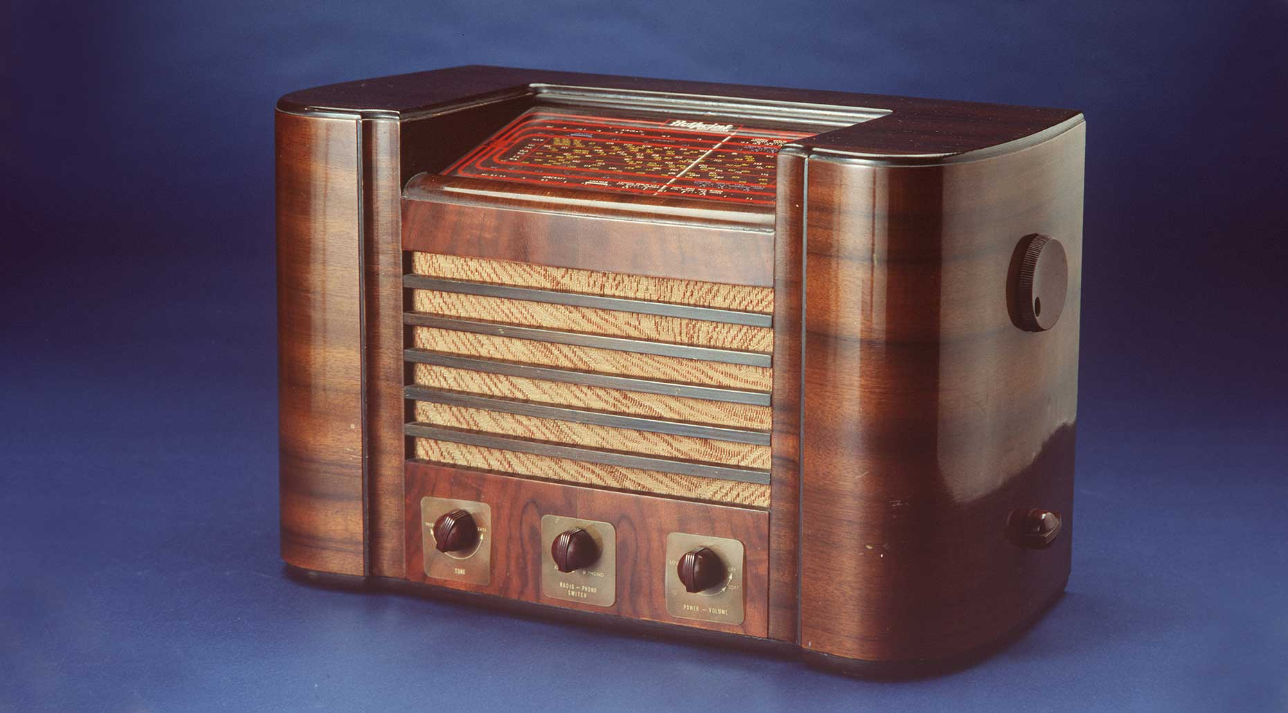 Hotpoint Bandmaster mantel radio, 1938, Australian General Electric, Australia. Powerhouse Collection.